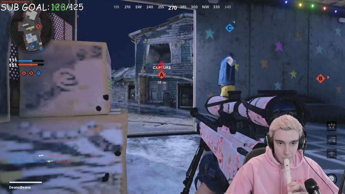 Cтример Call of Duty: Black Ops Cold War использовал свирель в качестве контроллера – видео