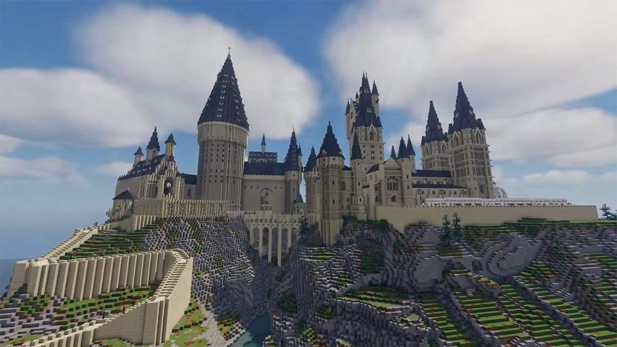 Хогвартс очень подробно воссоздают в видеоигре Minecraft – видео
