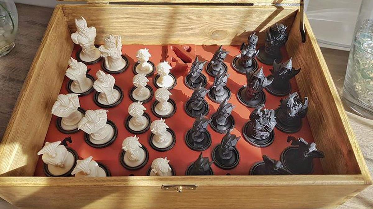 В стилистике Dota 2: энтузиаст создал оригинальные шахматы